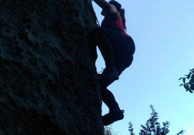 """""""S'arampicamo?"""" proviamo a mettere le mani sulla roccia e salire …"""